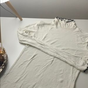 Aritzia's, Wilfred turtle neck shirt
